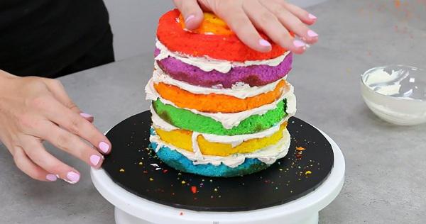 Как сделать крем для торта разноцветным в домашних условиях
