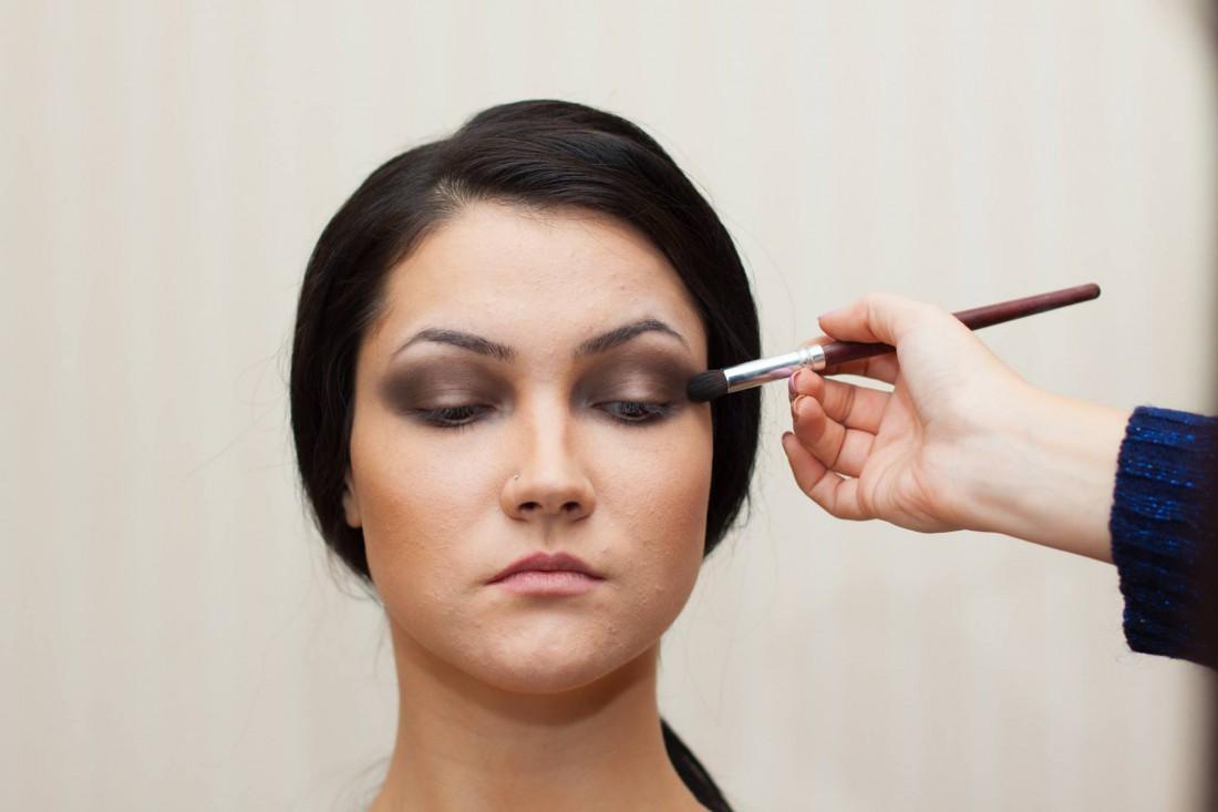 Мастер по макияжу с выездом на дом