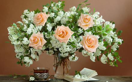 Как сохранить цветы свежими …