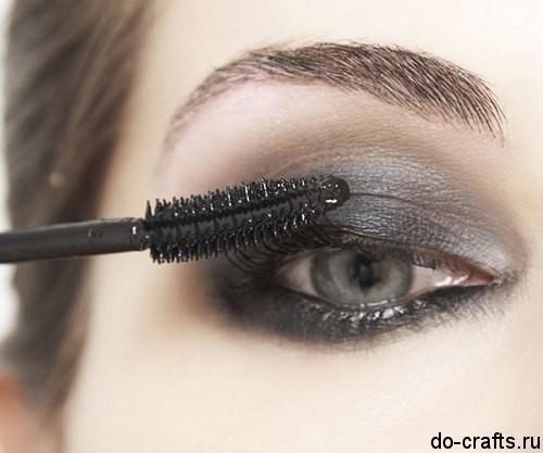Как делать макияж глаз7