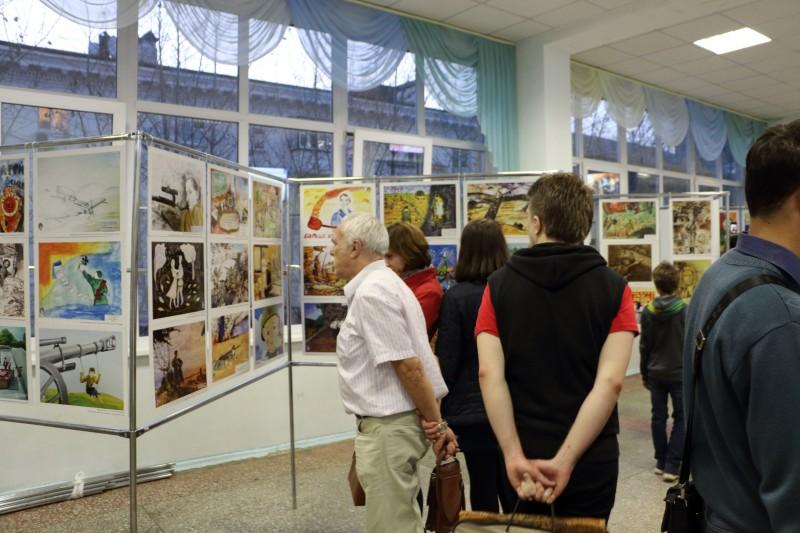 Руководство Уральского Федерального Университета запретило выставку о Великой Отечественной войне