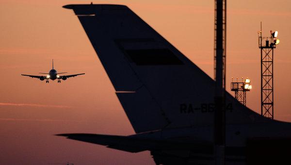 В отпуск без гаджетов: В самолетах запретят провозить литий-ионные аккумуляторы