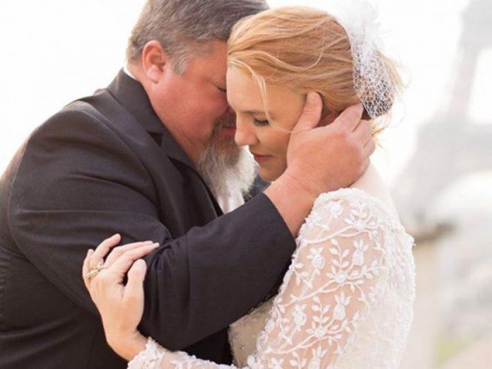 Невеста помещает лучший пода…
