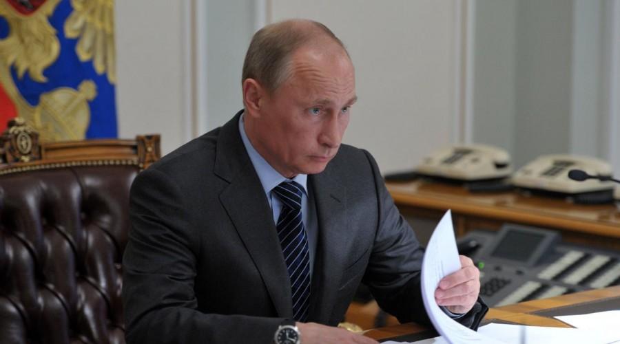 Путин: в развитии экономики страны учтем все факторы