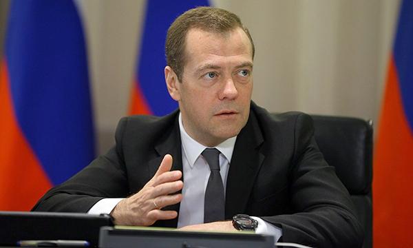 Медведев поручил увеличить производство детских игровых и анимационных фильмов в РФ