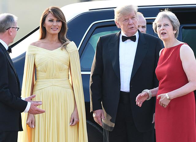 """Американский гламур — Мелания Трамп в изысканном *платье принцессы"""" на гала-ужине во дворце"""