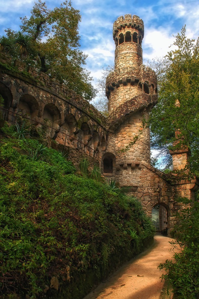 Башня днем Кинта Да Регалейра, Сказочно, дворец, история, факты