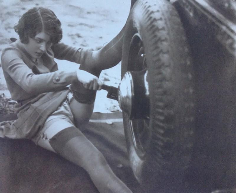 22. Ремонт автомобиля своими силами, 1920-е годы. интересное, исторические фото, история, фото