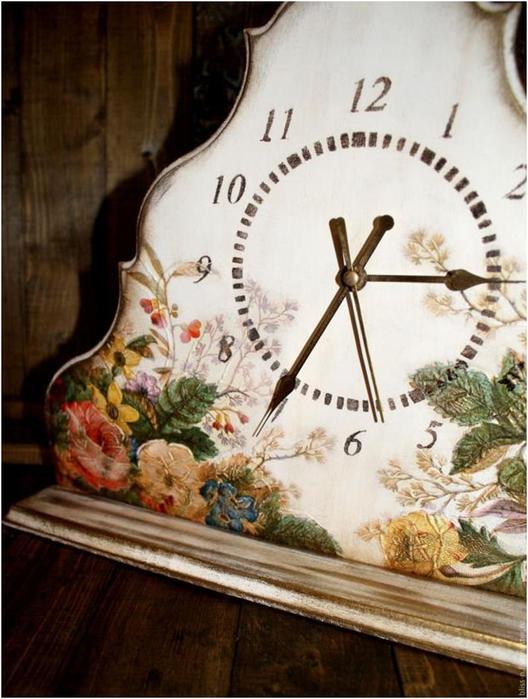 Объемный декупаж. Цветочные часы