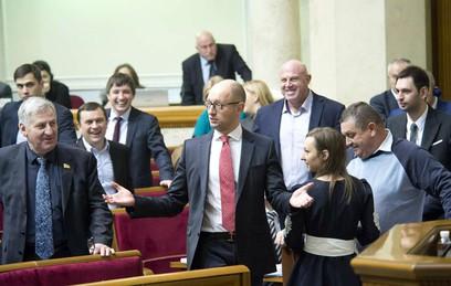 В Раде заявили о фальсификациях при голосовании за отставку Яценюка