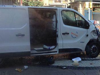 В районе теракта в Барселоне слышна стрельба