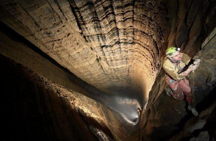 Самая глубокая в мире пещера