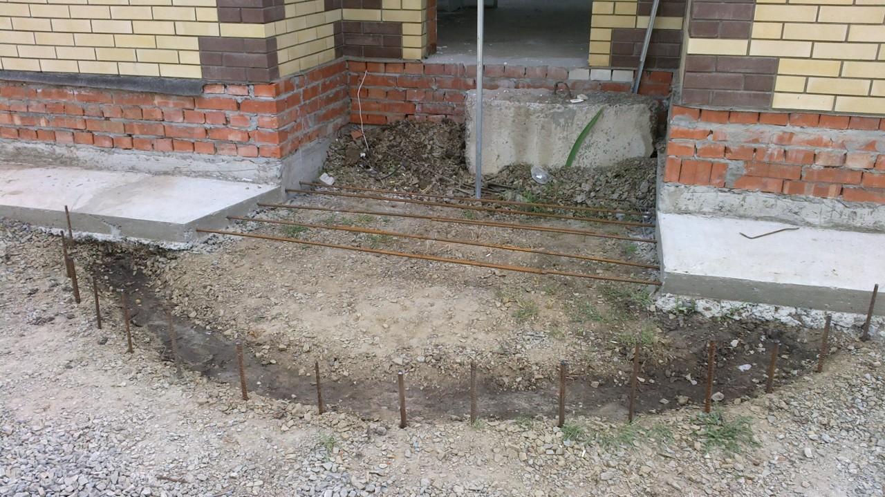 Как сделать полукруглое крыльцо из бетона своими руками фото