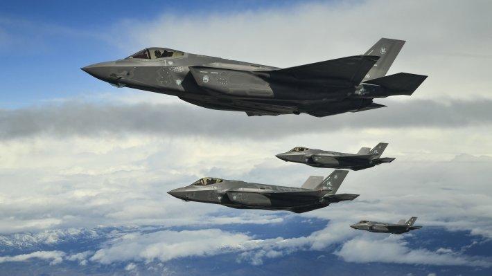 Сирийские ПВО отразили атаку на авиабазу Тифор и подбили самолет ВВС Израиля