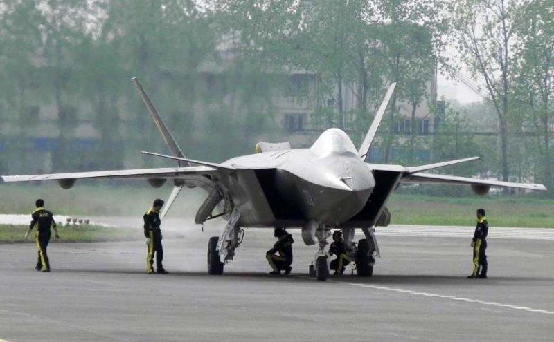 Китайский истребитель 5 поколения