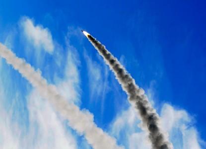 Приказ Путина: как быстро Россия создаст гиперзвуковую ракету средней дальности?