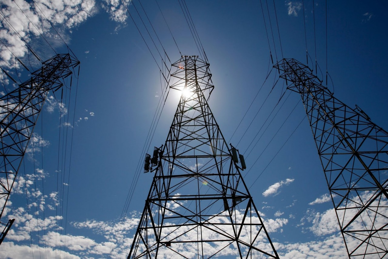 В Запорожье взорвали две из четырех магистральных линий электропередач снабжающих Крым
