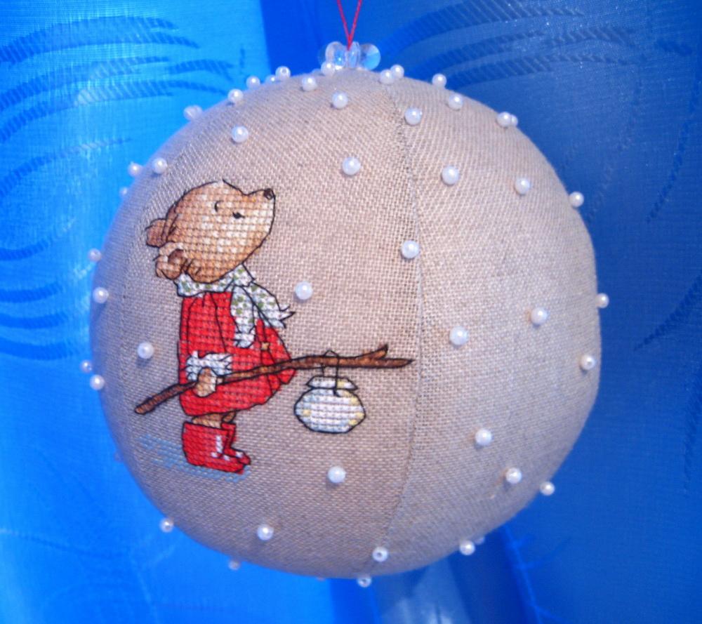ВЫШИВАЕМ...и шьём новогодний шар