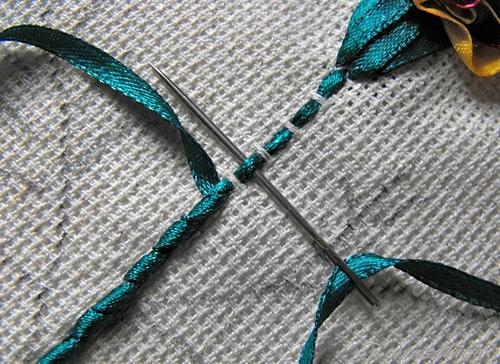 Как вышить стебель цветка лентами