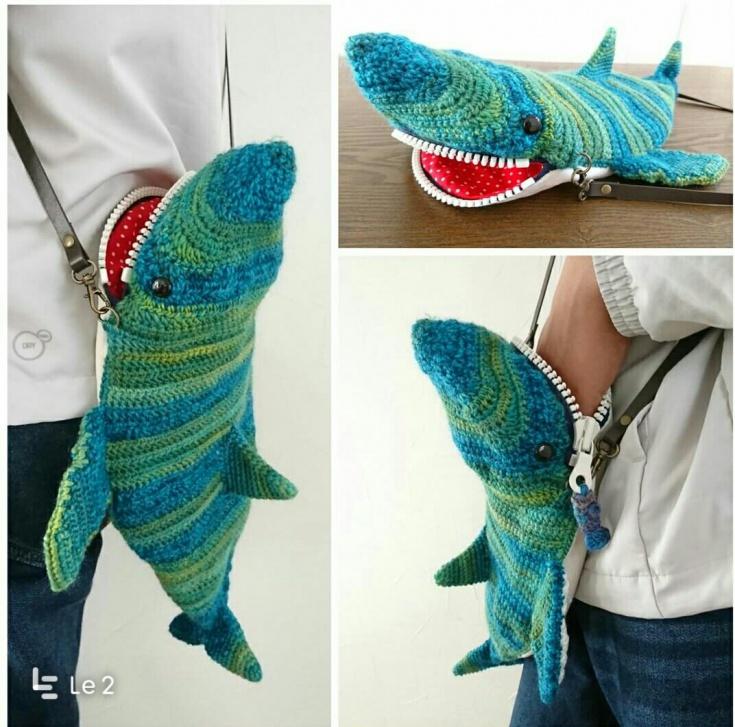 Вязаная сумка акула
