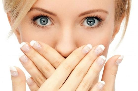 Вот, как вы можете природным способом избавиться от неприятного запаха изо рта всего за 5 минут