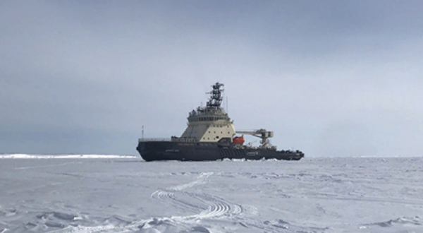Роковая красота флота России…