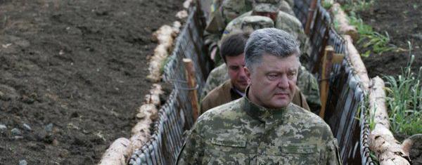 В Киеве признали, что Порошенко двигается по коридору, заданному Путиным