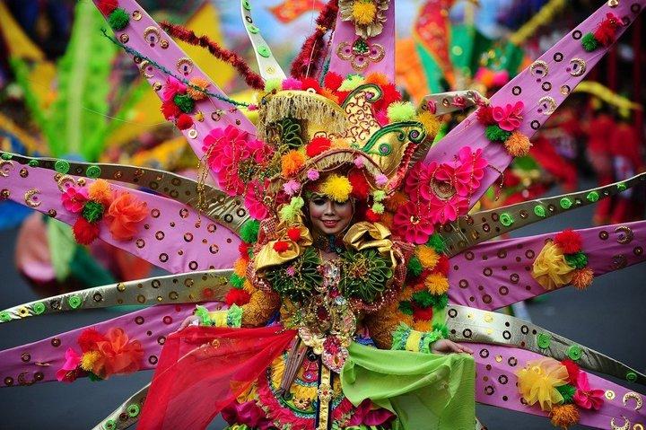 Карнавал в Джембере. Индонезия.
