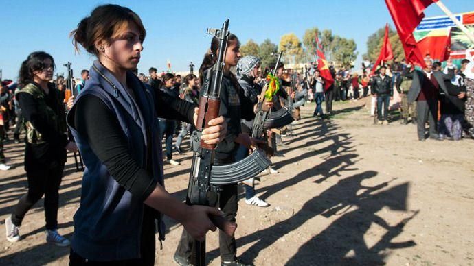 Курдское ополчение начинает наступление на позиции ИГИЛ в Сирии