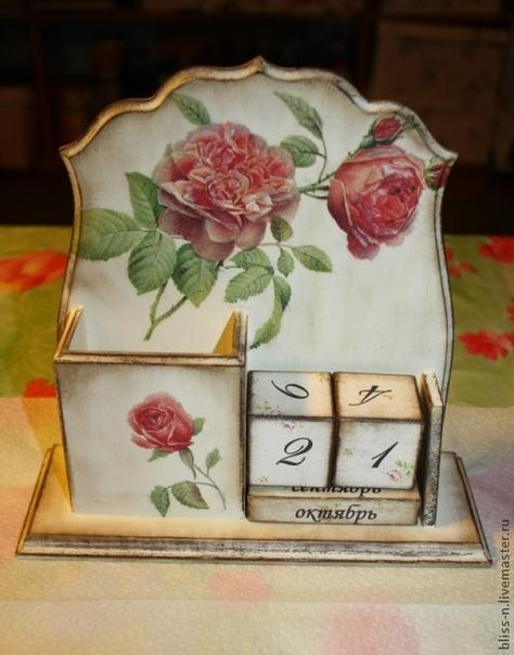 """Вечный календарь """"Живые розы"""""""