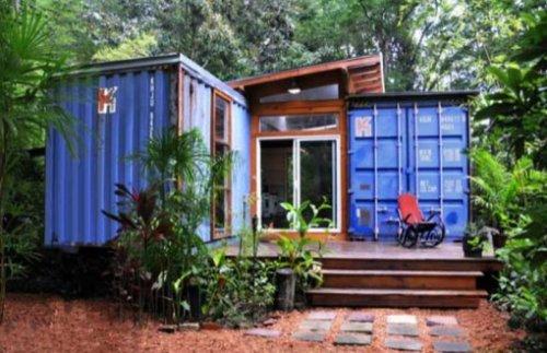 Дома, построенные из переработанных материалов. И выглядят они просто потрясающе!