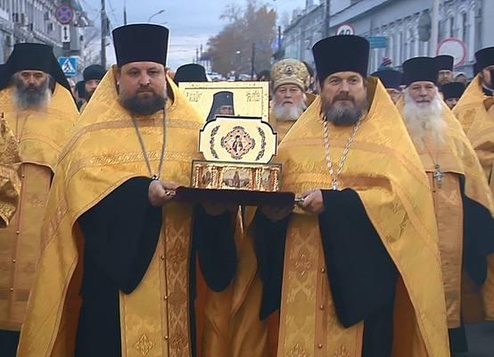 Ковчег счастицей мощей святого Луки прибыл вНижний Новгород