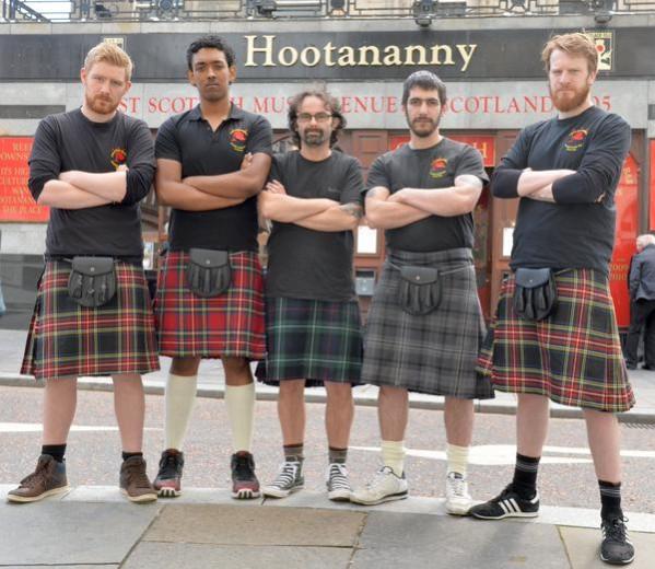 Приставучие шотландские женщины