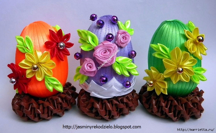 Шелковые пасхальные яйца с цветочками канзаши! (куча идей для вдохновения)