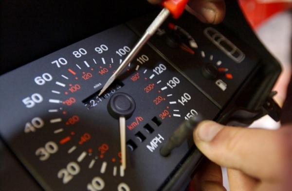 Как узнать реальный пробег авто: 4 эффективных способа