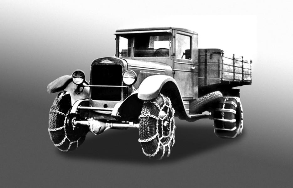 Запоздалая беспомощность: опытные полноприводные военные грузовики ЗИС