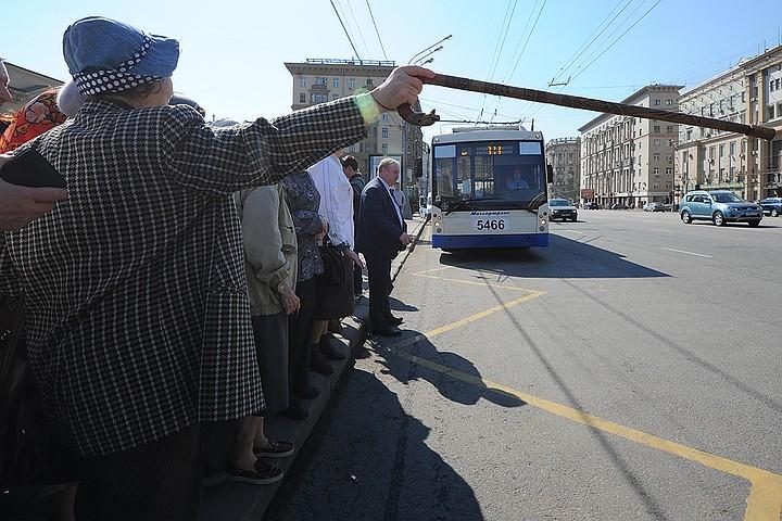Катайтесь на здоровье: подмосковным пенсионерам обеспечили бесплатный проезд в столице