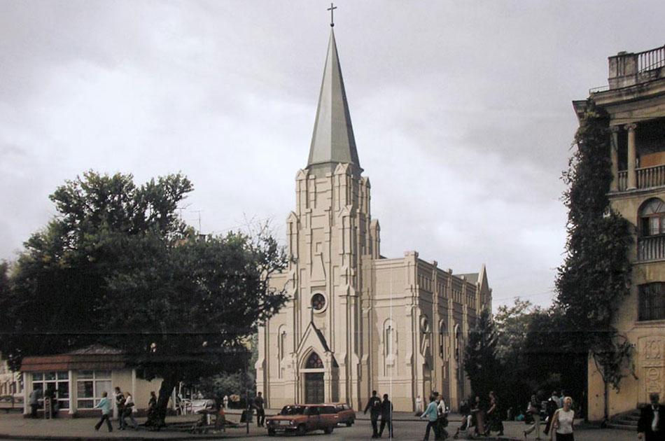 Севастопольский костел передали католикам