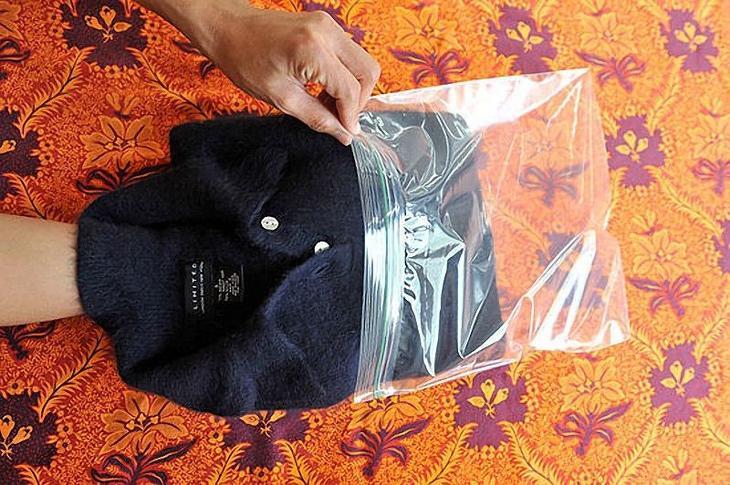 3. Если ваш шерстяной свитер линяет, то оставьте его на ночь в морозильной камере одежда, совет