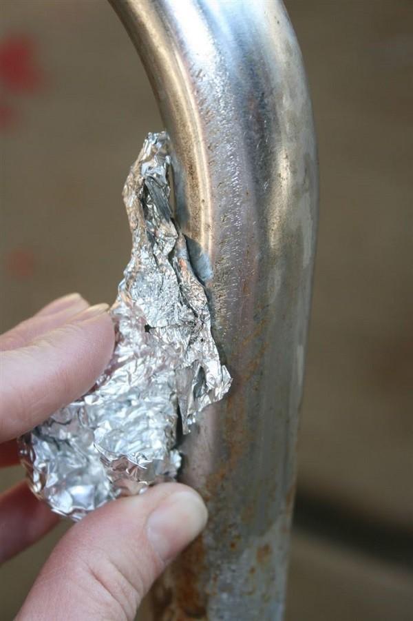 3. Для удаления ржавчины с металла совет, фольга, хитрость