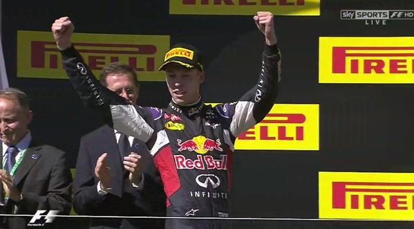 Российский гонщик впервые в истории «Формулы-1» финишировал вторым