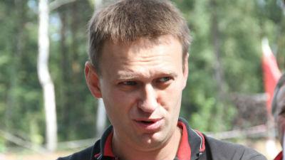 Навального закидали яйцами в…