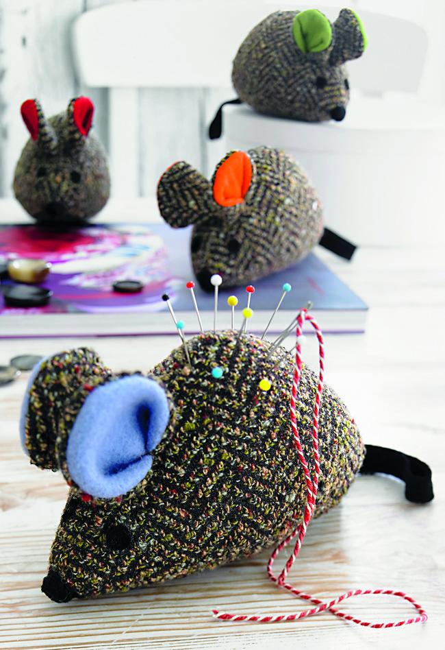 Игольница-мышка: нужные аксессуары своими руками