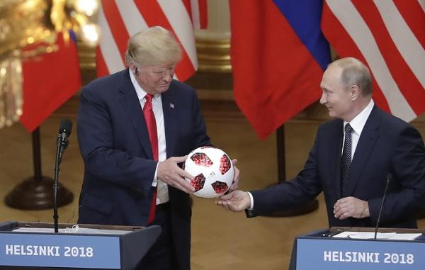 Владимир Путин— Дональду Трампу: Теперь мяч навашей стороне