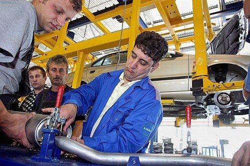 Сделано в СНГ: союзный автопром не находит места на российском рынке