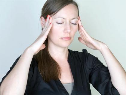Что делать, если мучает мигрень и артроз?