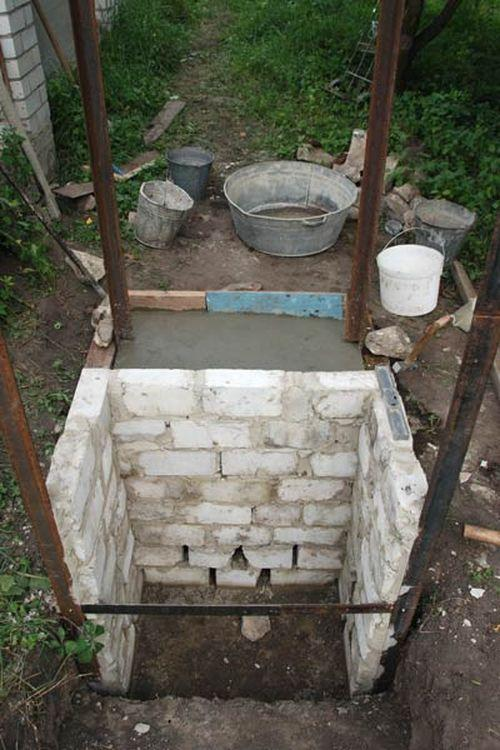 Дачный туалет своими руками из подручных материалов