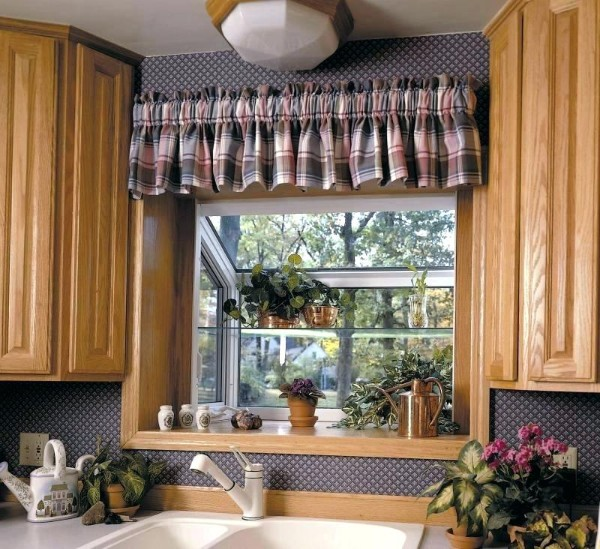 оформление растениями интерьера кухни растения на окне