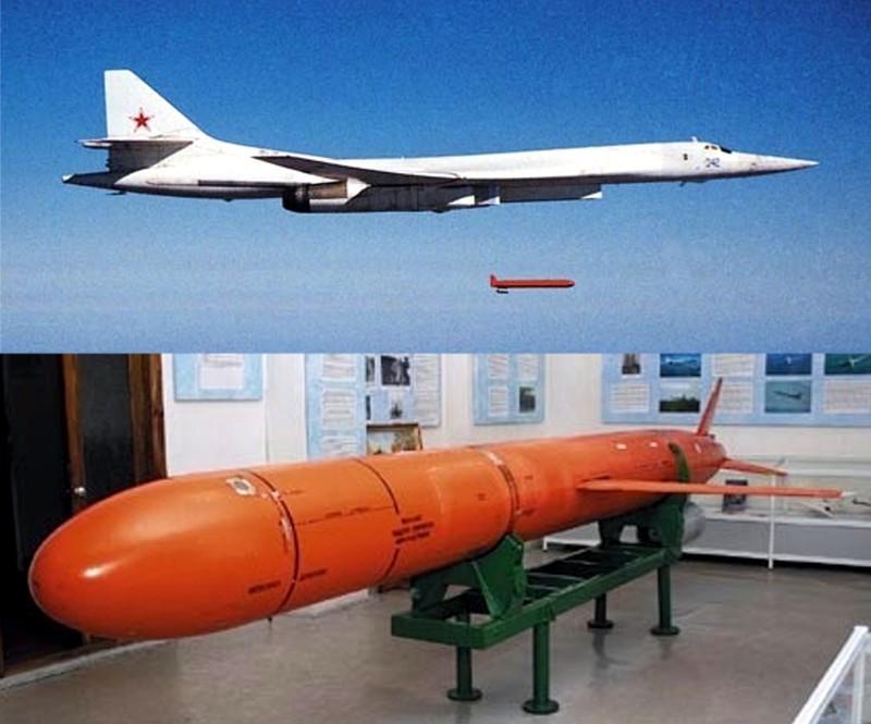 В Сирии прошли апробацию все виды и типы вооружений, в том числе авиационные крылатые ракеты с дальностью пуска до 4500 км, - Минобороны