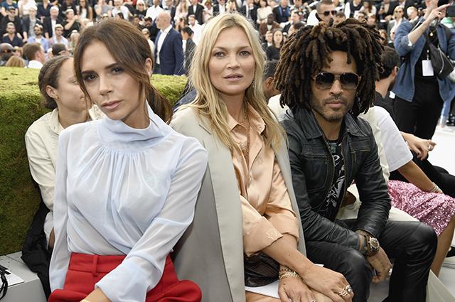 Наталья Водянова, Роберт Паттинсон, Белла Хадид и другие звезды на показе Dior в Париже